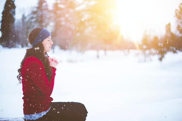 colored lights out of focus